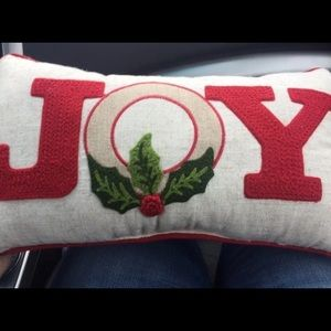 💚Joy Holiday Accent Pillow